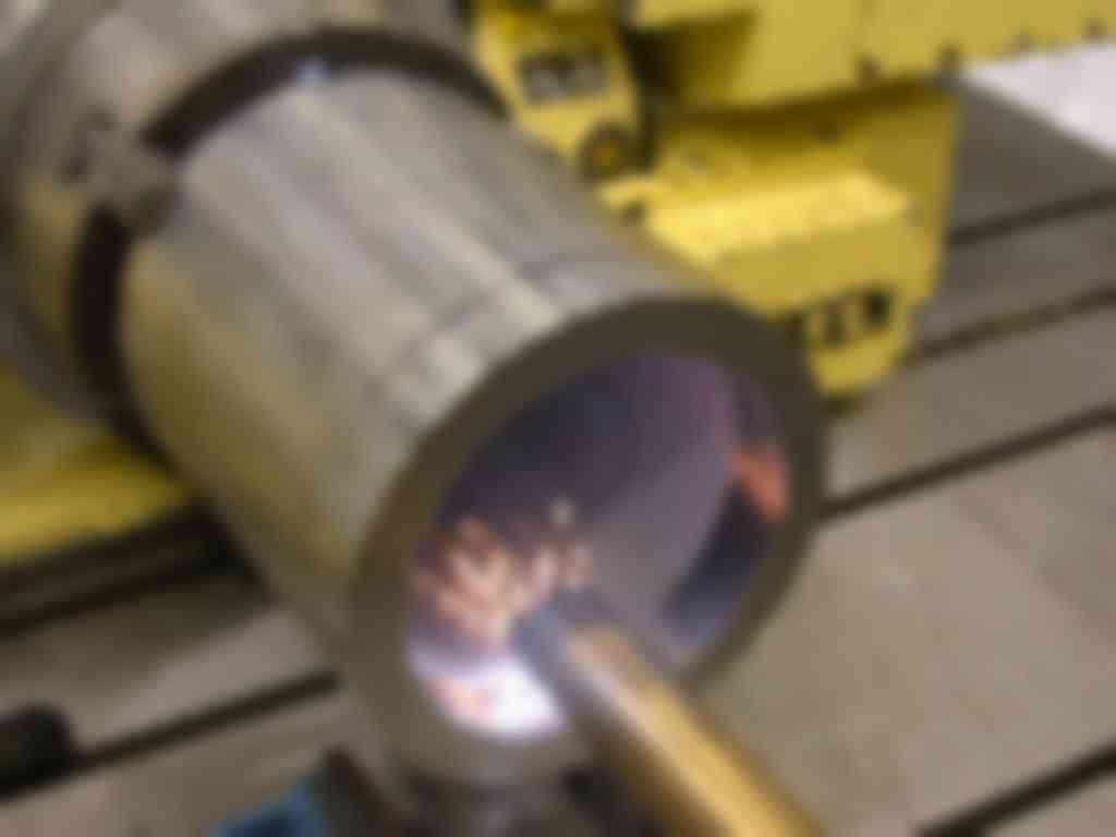 Het LCV (Laser Centrum Vlaanderen) van Vito uit Mol doet reeds sinds 1998 onderzoek naar lasercladden en zal binnenkort een spin-off rond deze activiteit opzetten (foto's: Vito)