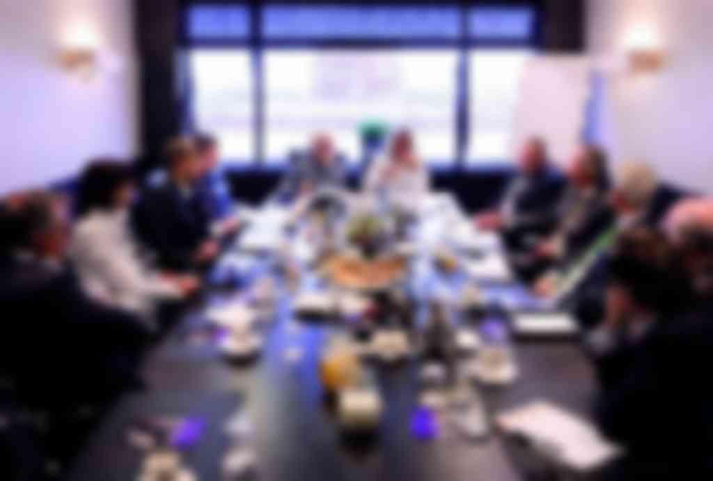 FPT-Vimag forumdiscussie v.l.n.r.: Stephan van Sante, Chantal Baas, Klaas Feijen, Paul Venema, Reinold Tomberg, Martin Franke, Frank Smets, Peter Janse, Harrold Filart, Danny van Rij en Philippe Reinders Folmer (foto's: Michel Zoeter)