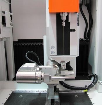 Drill 300 EDM vonkboormachine van GF AgieCharmilles tijdens EMO Hannover 2011