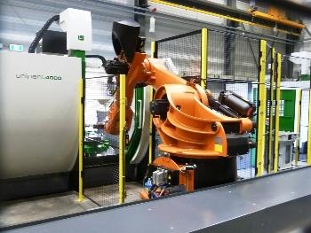 Unisign robotcel met Unipent 4000