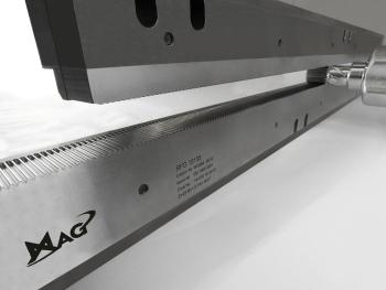 Bei der neuen Kaltwalzmaschine XK 651 wurde die verbrauchsintensive Hydraulik durch CNC Achsen ersetzt. Dadurch kann mittels der Steuerung auf den Prozess Einfluss genommen werden. Das zur AMB vorgestellte Modell eignet sich für Verzahnungen, Rändelungen und Gewinde bis 60 mm Durchmesser und Modul 1,3