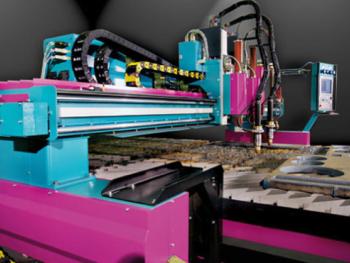 SVT heeft gekozenn voor een Sato snijmachine met autogeen- en plasmasnijtoorts in combinatie met een Kjellberg bron, in Nederland geleverd door Brugman Machines (foto's: Widenhorn)
