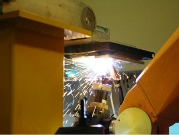 Bij het laserlassen van verzinkt staal kunnen diverse problemen optreden (foto: Laser Applicatie Centrum)