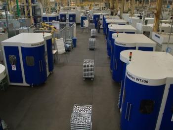 Die Getriebeproduktion in Mannheim zählt zur Kernkompetenz des Landmaschinenbauers. Die meisten Getriebebauteilen für die Traktoren, wie Zahnräder, Zahnkränze und Spiralkegelräder, produziert John Deere selbst. Foto: John Deere, Mannheim