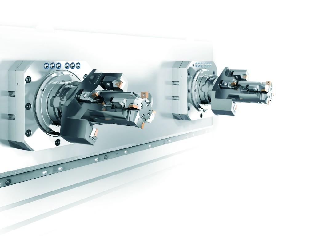 De DZ26 w heeft twee HSK 100 spillen met een maximaal toerental van 10.000 min-1 en een koppel van 390 Nm