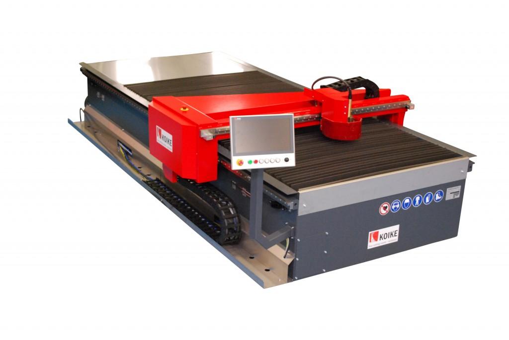 De Monotec plasma-snijmachine  die Koike in Hannover voorstelt is een robuuste en CNC-gestuurde snijmachine, geschikt voor het snijden van staal, rvs en aluminium van 0,5 tot 15 mm (foto: Koike)