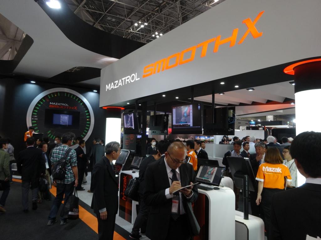 Eerder dit jaar presenteerde Mazak de SmoothX besturing al op de IMTS in Chicago en de Jimtof in Tokio. Verwacht wordt dat de besturing ergens in 2015 ook in Nederland verkrijgbaar zal zijn