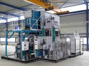 Rena in Maasbree heeft een nieuwe gieterij in gebruik genomen voor het hogedrukgieten van aluminium. De lijn is volledig geautomatiseerd, wat met name zijn vruchten afwerpt bij grote series en hoge kwaliteitstandaards. Ook de onderhoudsmogelijkheden en afzuiging zijn afgestemd op een zo hoog mogelijke efficiëntie. De nieuwe productiehal van 2.500 m2 betekent een verdubbeling van het bedrijfsoppervlak