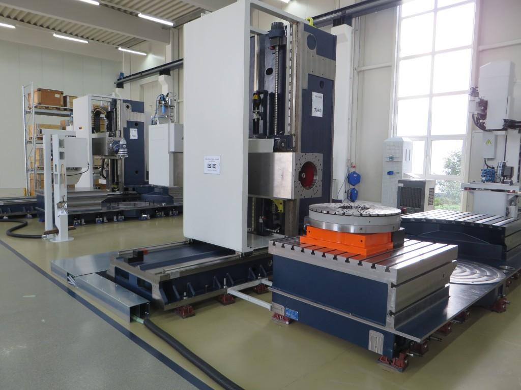 Een F-MT machine in opbouw in Limburg a.d. Lahn (D)