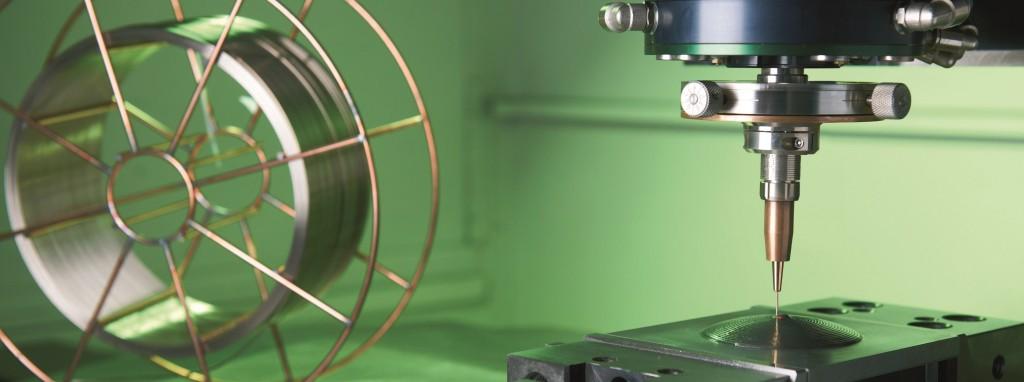 De laserkop voor het oplassen/opgroeien met een draadrol