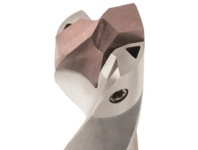 Het 3D-geprinte boorlichaam van de QTD-serie is voorzien van een spiraalvormig koelkanaal en een driehoekvormige spuitmond