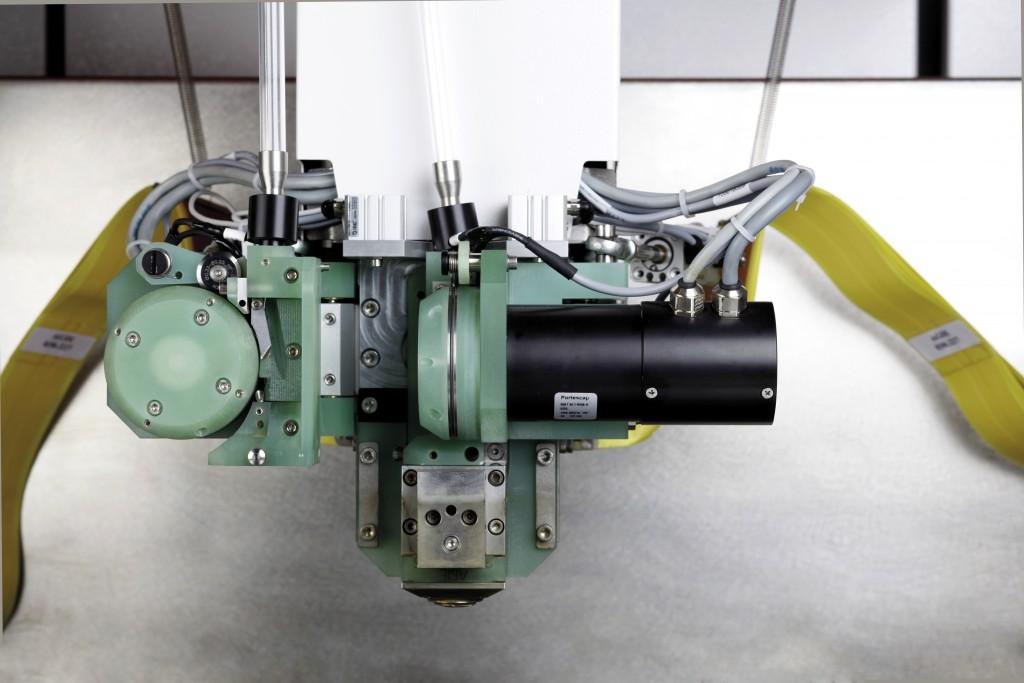 Het AWC systeem van GF Machining met twee vonkdraden