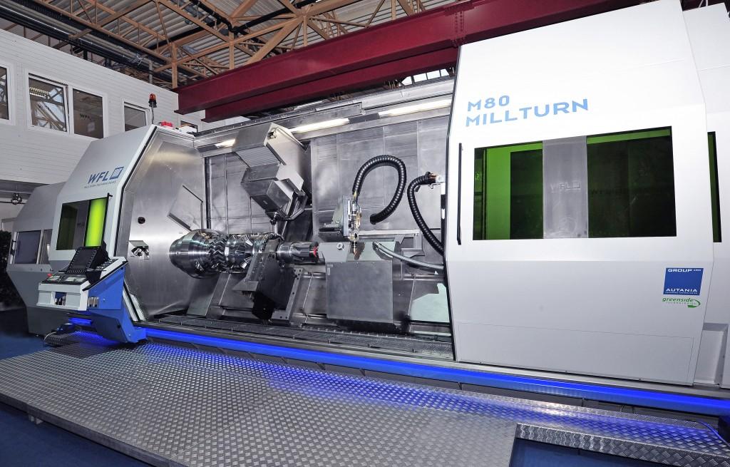 De M80 Millturn van WFL met in het midden de laser voor 3D-printing