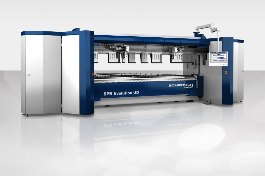 De SPB Evolution UD presenteert Schröder op de Blechexpo met een compacte gereedschapwisselaar. dit systeem vergoort de flexibiliteit van de industriele zwenkbuiger (foto: Schröder)