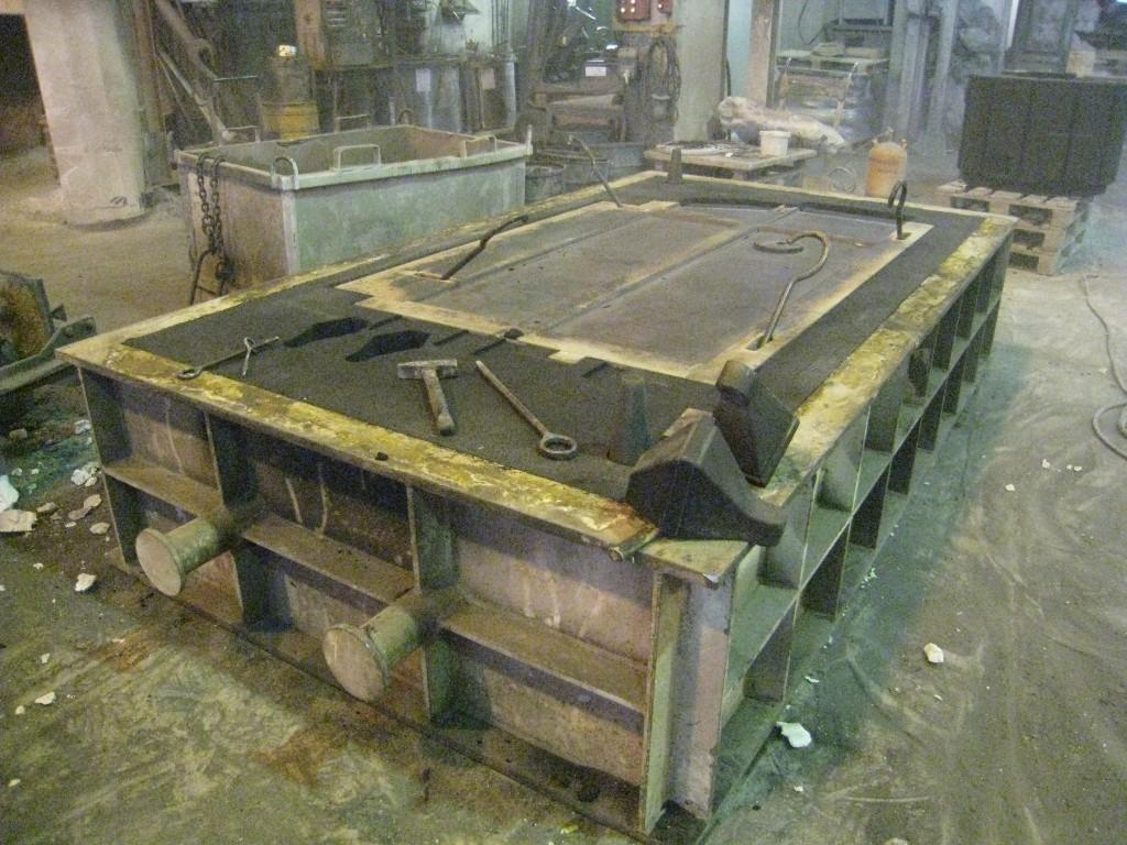 Een vormkast voor het gieten van grote machine-onderdelen bij machinebouwer Alzmetall in Duitsland (foto: Reinold Tomberg)