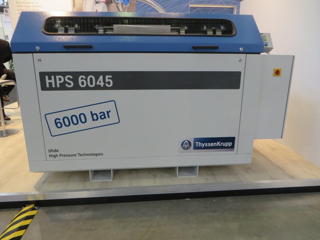 De HPS 6045 van Uhde die 6.000 bar levert