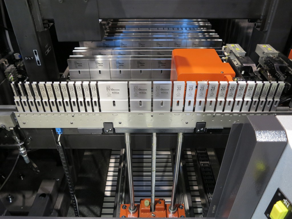 Amada HG-ATC gereedschapwisselaar