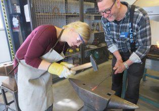 IJzermuseum smeden workshop